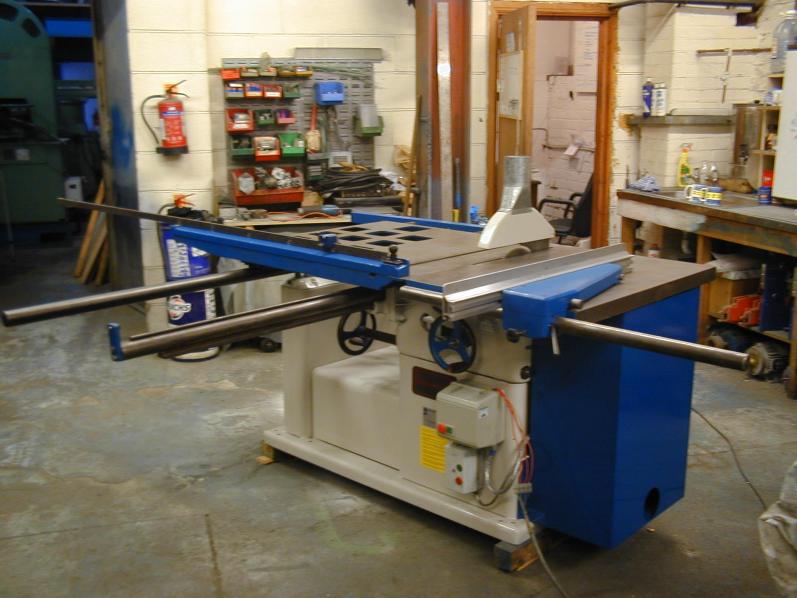 Examples of our reconditioned stock contact us for your machine ...